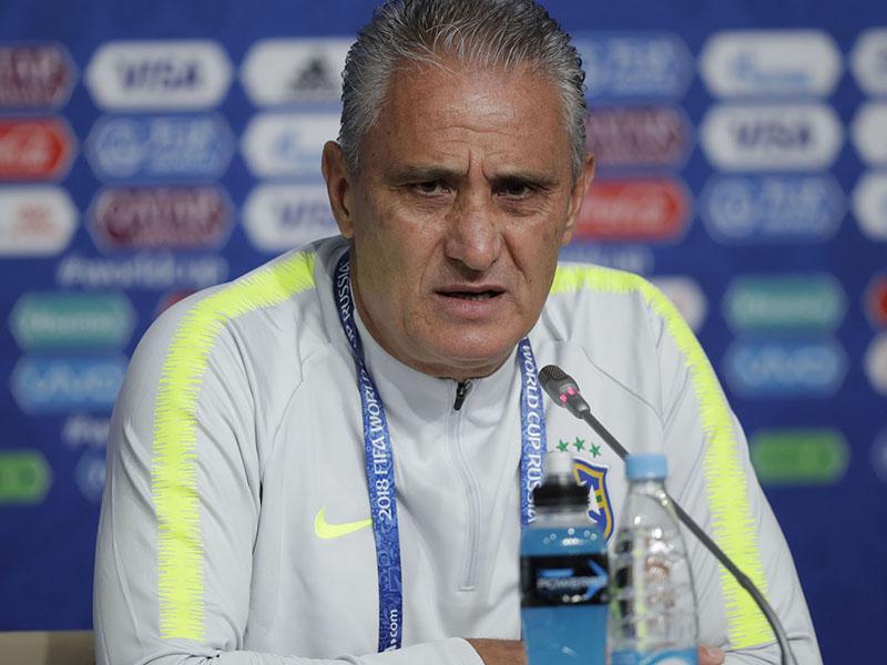 Pressionado, Brasil enfrenta a Costa Rica precisando da vitória