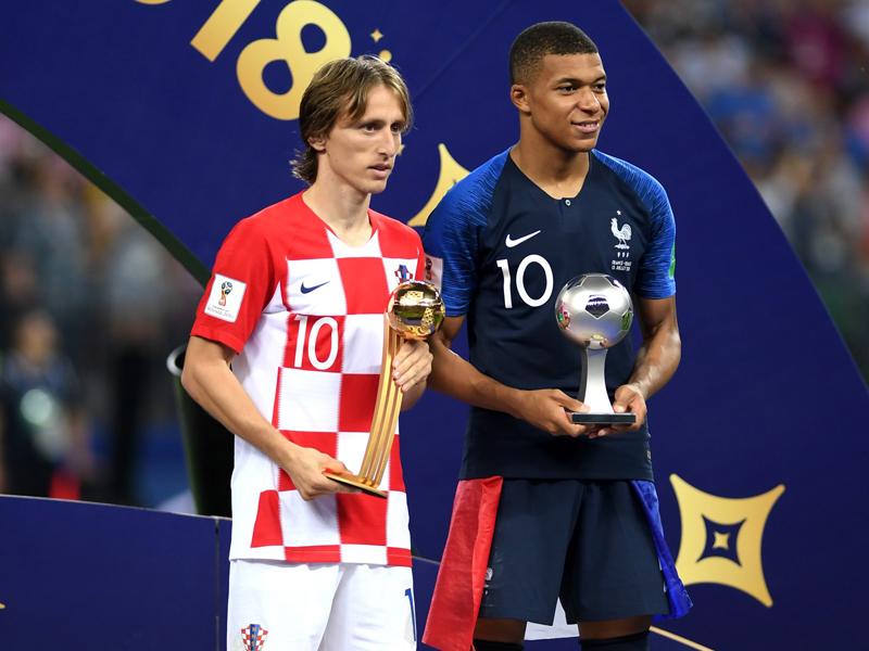 Prêmios individuais da Copa: Modric é craque; Mbappé, menino de ouro; e Kane, artilheiro