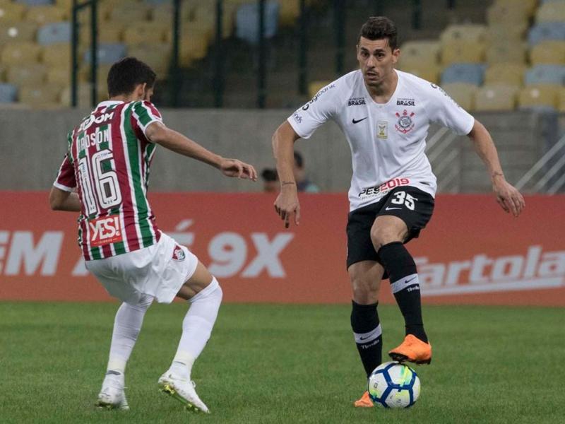 Corinthians perde mais uma e pressão sobre Osmar Loss aumenta