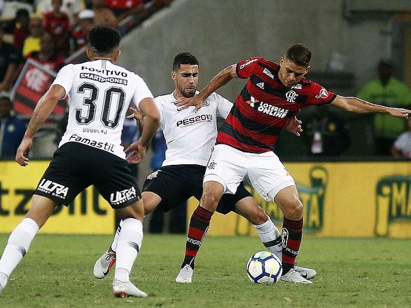 Corinthians segura pressão e empata com o Flamengo na semifinal da Copa do Brasil
