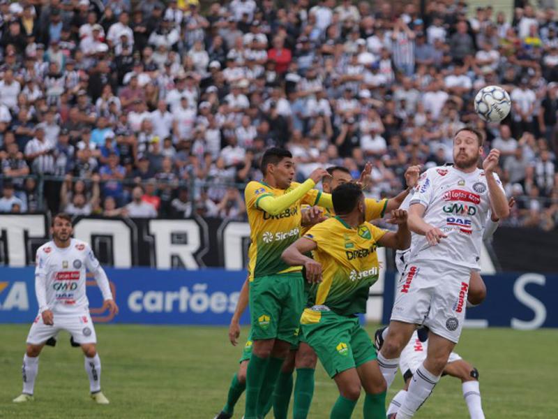 Operário e Cuiabá ficam no empate pela Série C no primeiro jogo da decisão