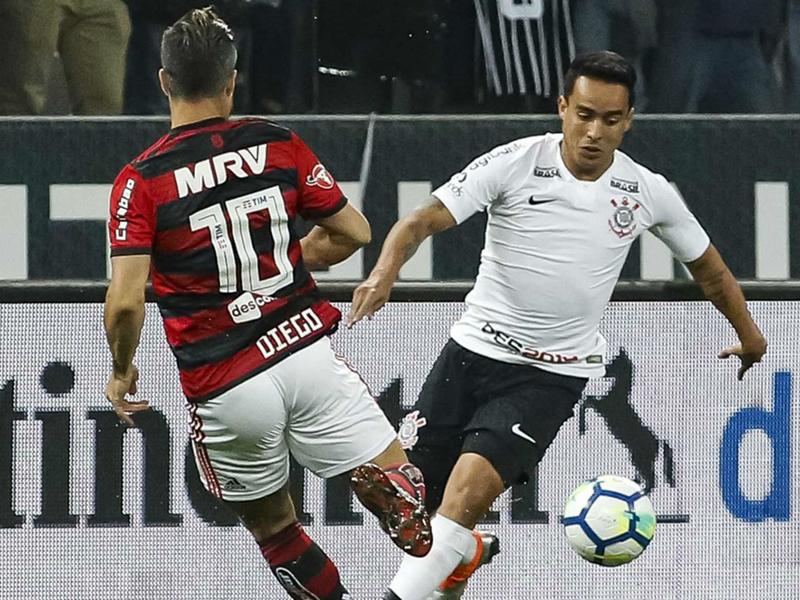 Corinthians vence Flamengo e passa à final da Copa do Brasil