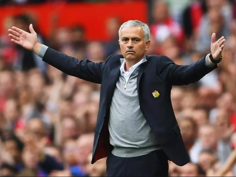 Manchester United e a má fase de José Mourinho