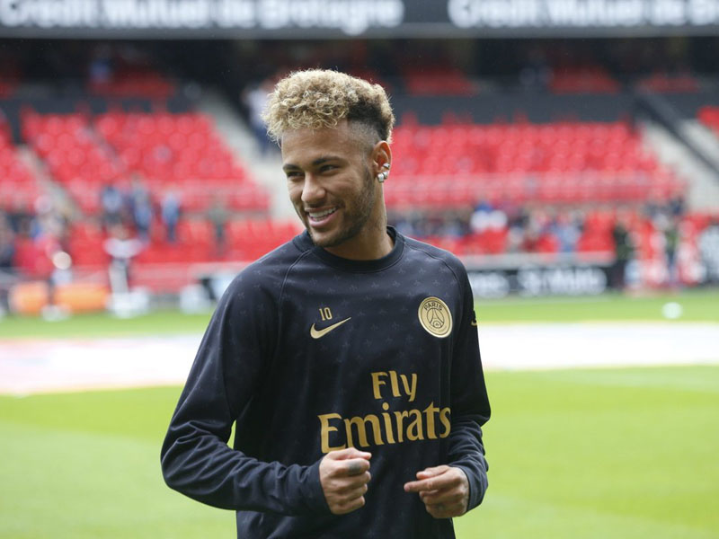 A carreira de Neymar e os títulos do jogador brasileiro até agora
