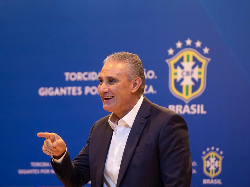 Com Paulinho e Allan como novidade, Tite anuncia última convocação do ano