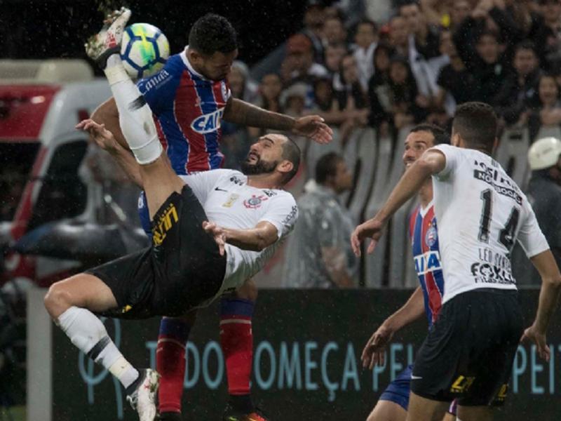 Corinthians, Ceará, Chapecoense e Sport vencem e resistem ao rebaixamento