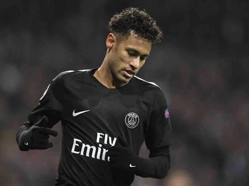 Neymar em nova posição: uma mudança positiva para o jogador brasileiro