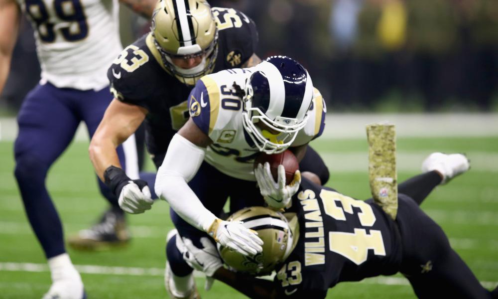 Saints tiram a invencibilidade dos Rams; Brady vence duelo com Rodgers
