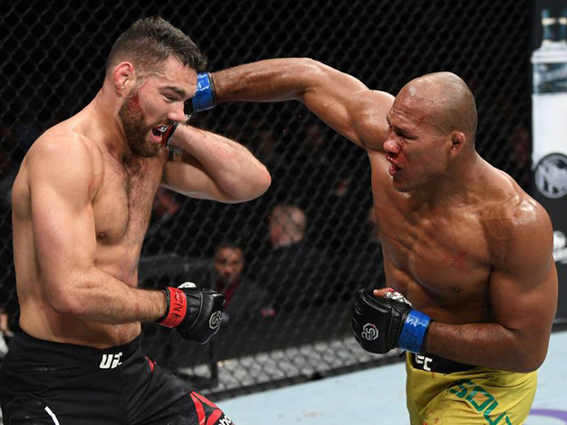 Ronaldo Jacaré nocauteia Chris Weidman no UFC 230; Cormier finaliza Lewis