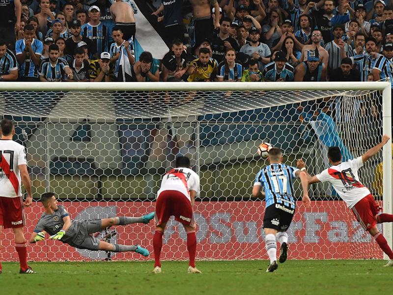 River elimina Grêmio em plena Arena e vai à final da Libertadores