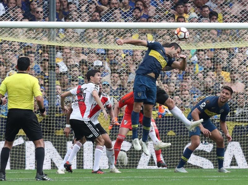 Pelo jogo de ida da final da Libertadores, Boca Juniors e River Plate ficam no 2 a 2 na Bombonera