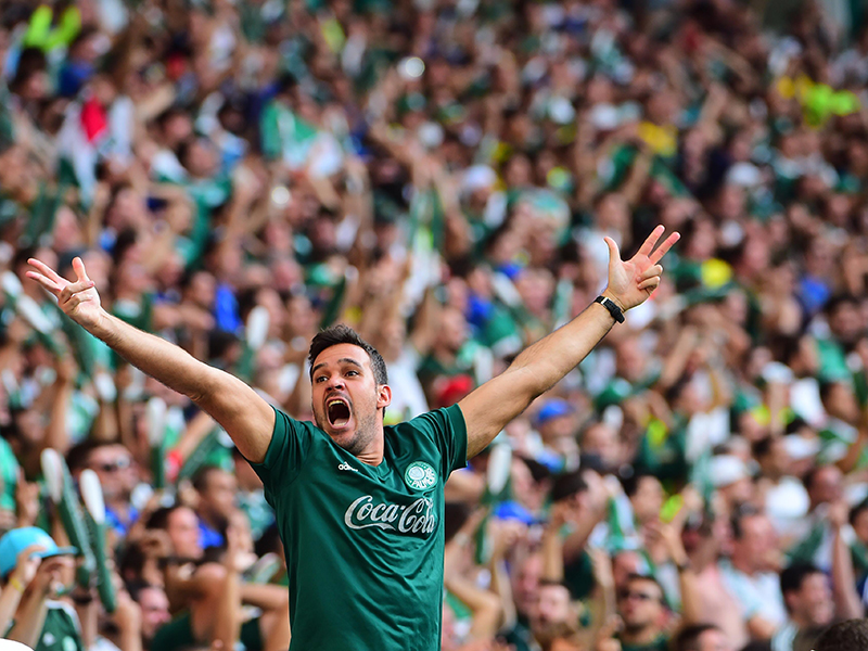 Líderes tropeçam na rodada e Palmeiras mantém vantagem de cinco pontos na liderança
