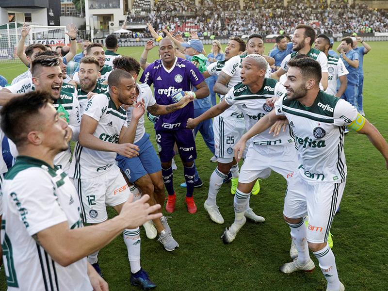 Palmeiras vence o Vasco e é campeão brasileiro