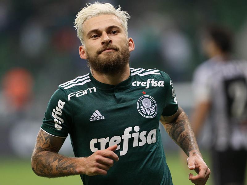 Lucas Lima é campeão brasileiro atuando pelo Palmeiras