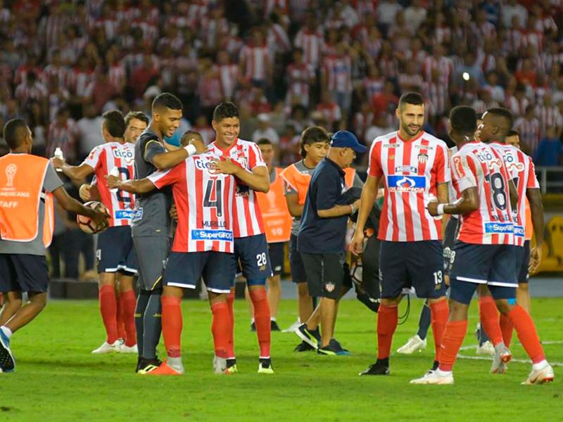 Júnior vence e joga a final da Sul-Americana contra o Furacão