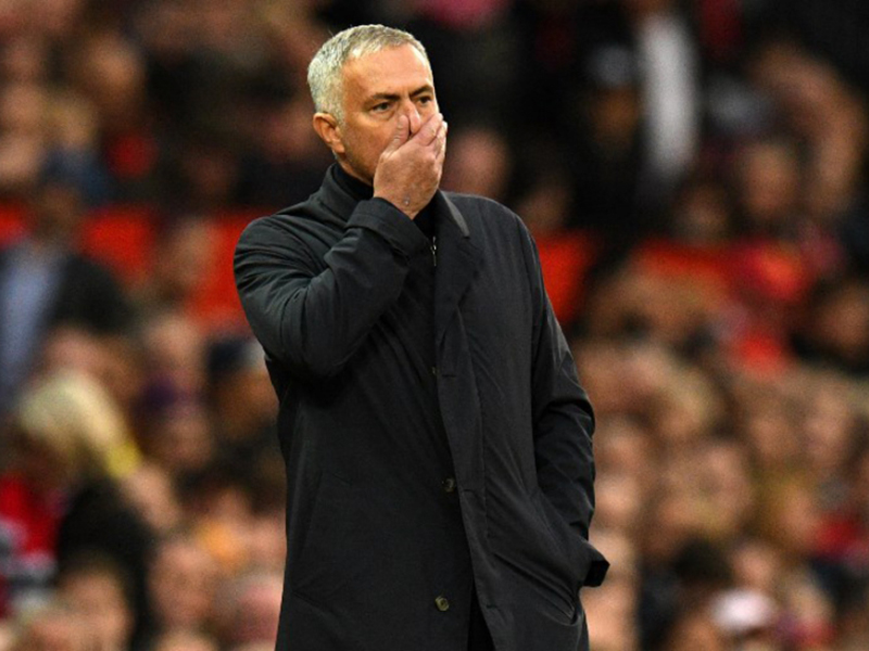 Mourinho sai do Manchester United e é especulado no Real Madrid