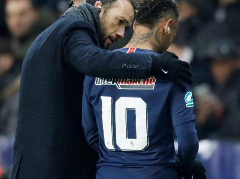 Neymar sofre nova lesão e preocupa Paris Saint-Germain