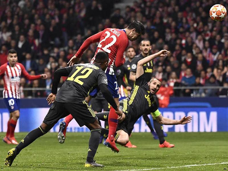 Atlético faz 2 a 0 na Juventus e larga na frente por vaga nas quartas; City vira diante do Schalke