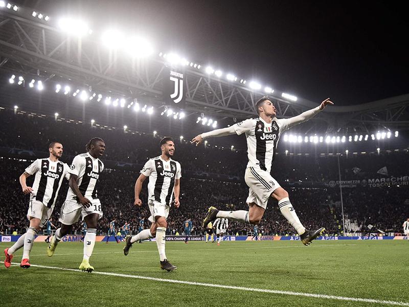 Cristiano Ronaldo decide, marca três e Juventus elimina o Atlético de Madrid