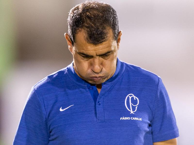 Carille critica atuação do Corinthians em empate com Ferroviária; São Paulo vence em casa