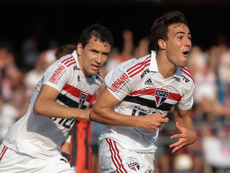 São Paulo vence o Ituano no Pacaembu