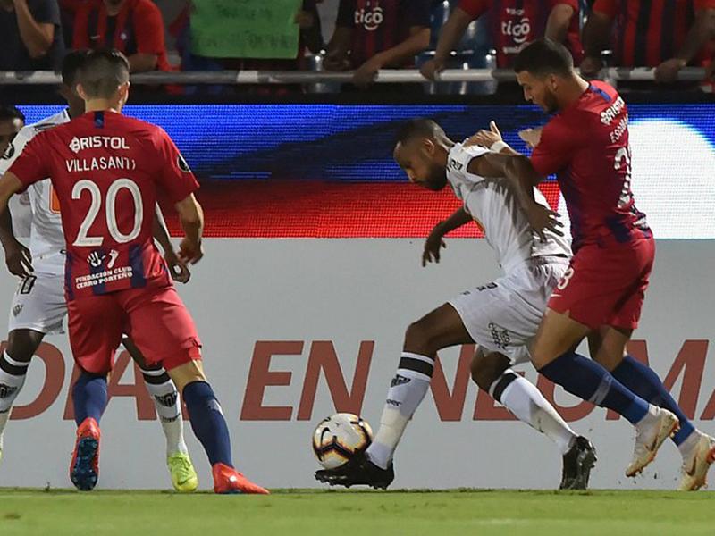 Atlético-MG é goleado pelo Cerro Porteño e se complica de vez na Libertadores