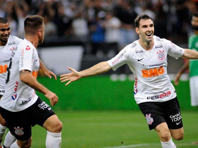 Boselli marca, Corinthians bate a Chape e avança na Copa do Brasil