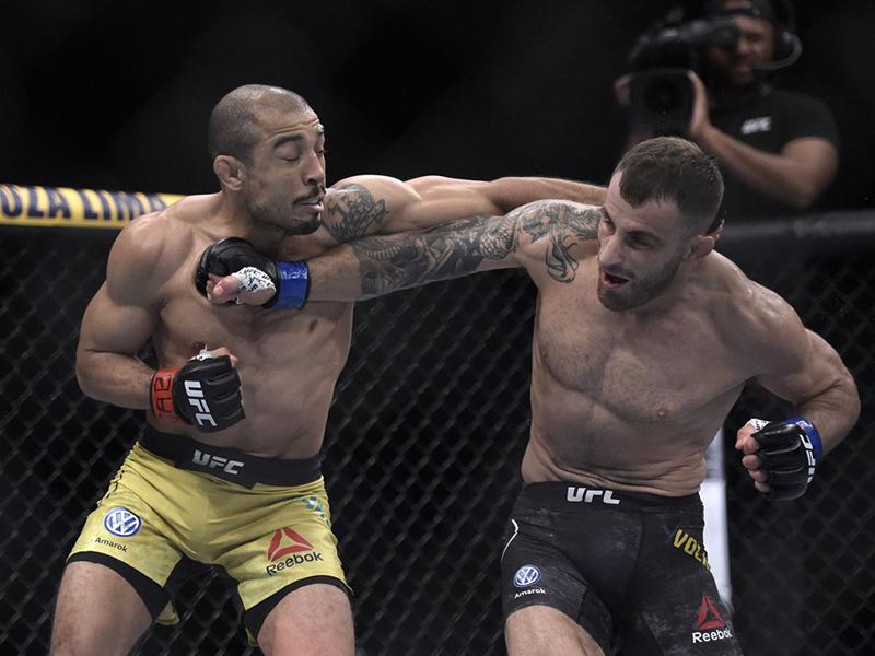 Noite ruim para os brasileiros: Aldo perde por pontos e Anderson se machuca no UFC Rio 10