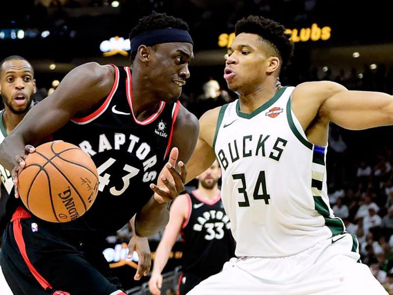 Warriors fazem 3 a 0 nos Trail Blazers; Raptors vencem os Bucks na dupla prorrogação
