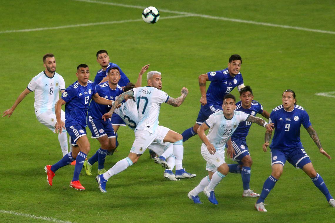 Paraguai e Argentina ficam no empate no Mineirão