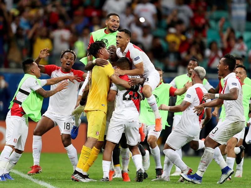 Peru vence o Uruguai nos pênaltis e está na semifinal da Copa América