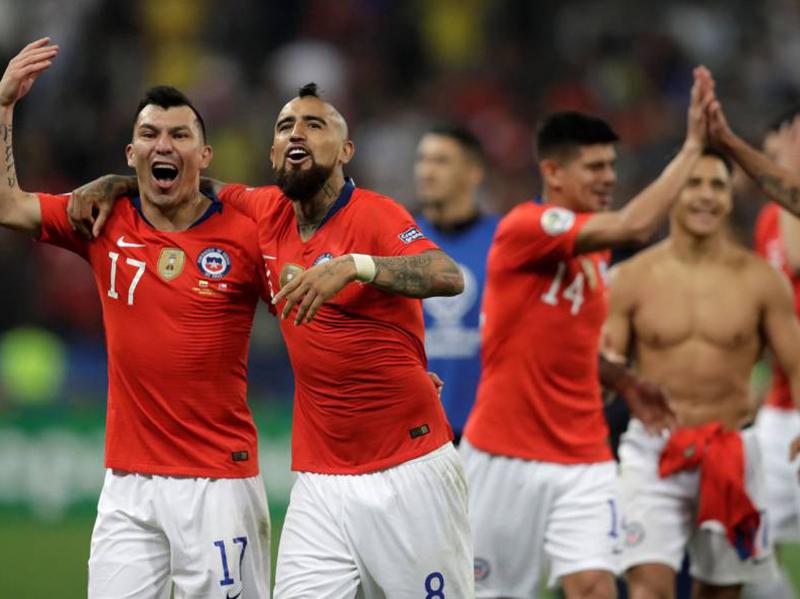 Chile elimina a Colômbia nos pênaltis e avança na Copa América