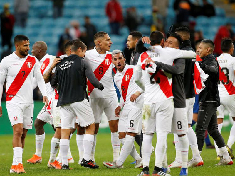 Peru atropela o Chile e encara o Brasil na final da Copa América