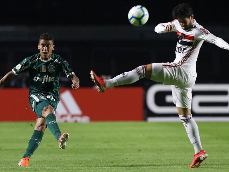 Gol improvável garante empate do Palmeiras diante do São Paulo no Morumbi