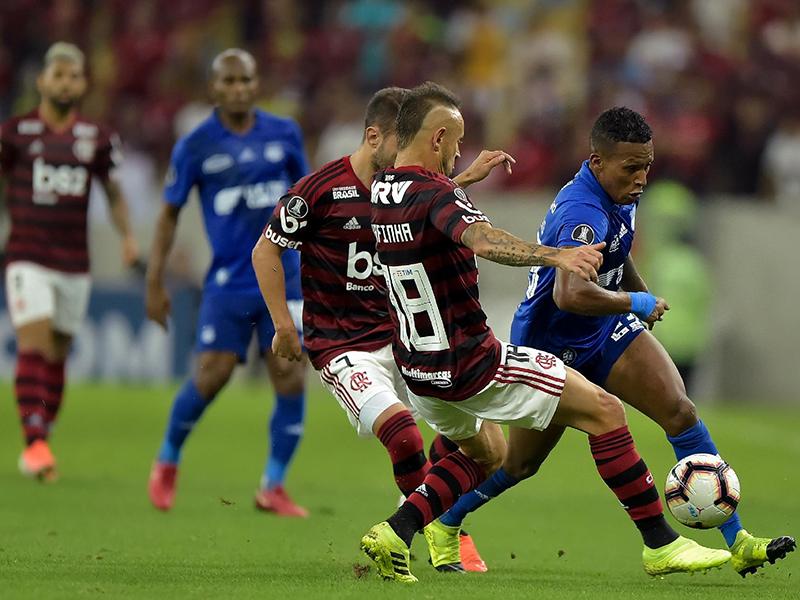 Flamengo bate o Emelec nos pênaltis e avança na Copa Libertadores