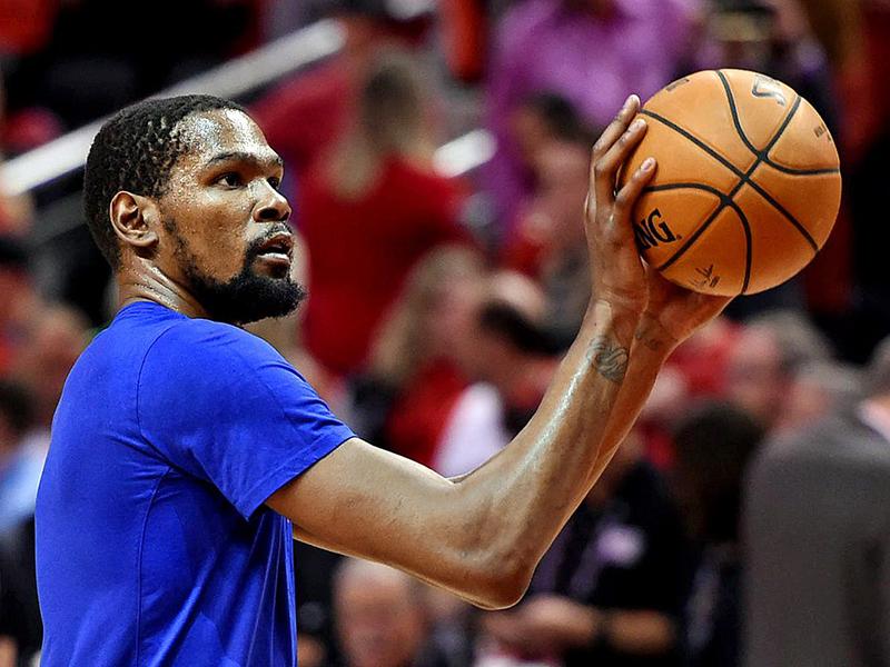 Kevin Durant enfim quebra o silêncio e Russel Westbrook é apresentado nos Rockets