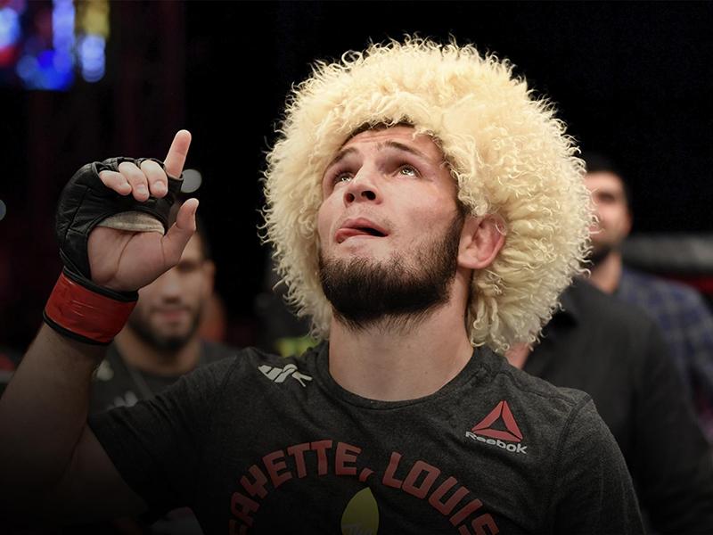 Khabib finaliza Poirier em Abu Dhabi e mantém o cinturão dos leves do UFC