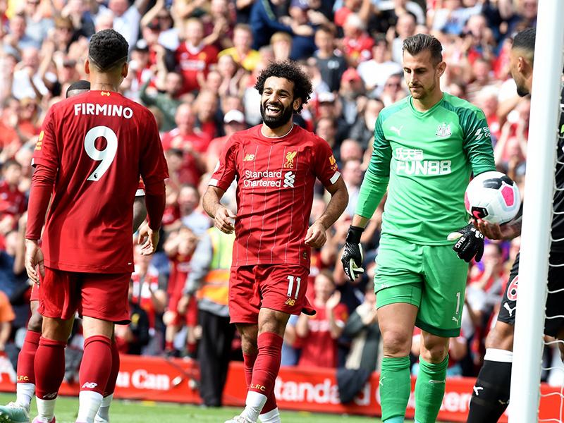Liverpool vence mais uma e dispara na liderança; City perde para o Norwich por 3 a 2
