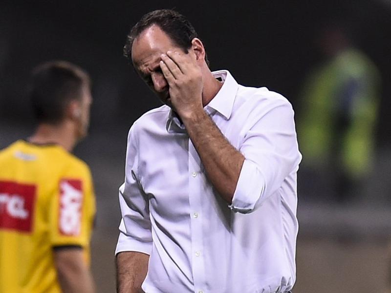 Em menos de 24 horas, quatro treinadores são demitidos no Brasileirão