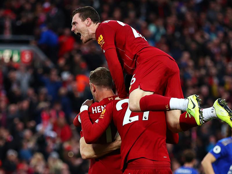 Liverpool vence outra e dispara na liderança; Manchester United e Tottenham se afundam