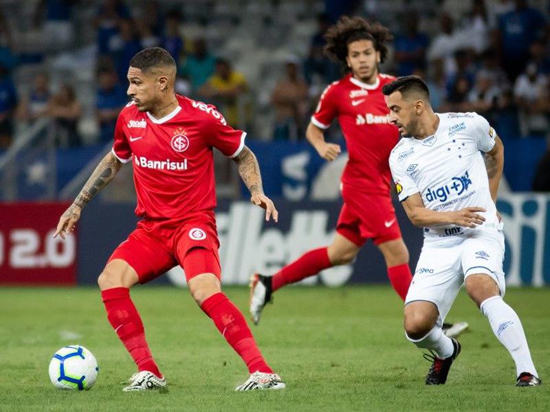 Cruzeiro tropeça de novo e continua no Z-4; Flu vence o Botafogo, que demite Barroca