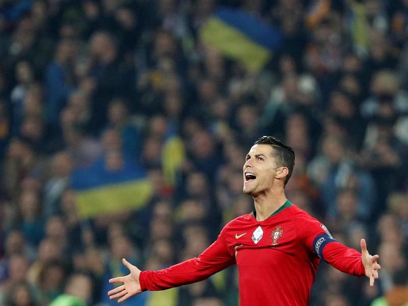 Cristiano Ronaldo faz gol 700 em jogo das Eliminatórias para Euro 2020