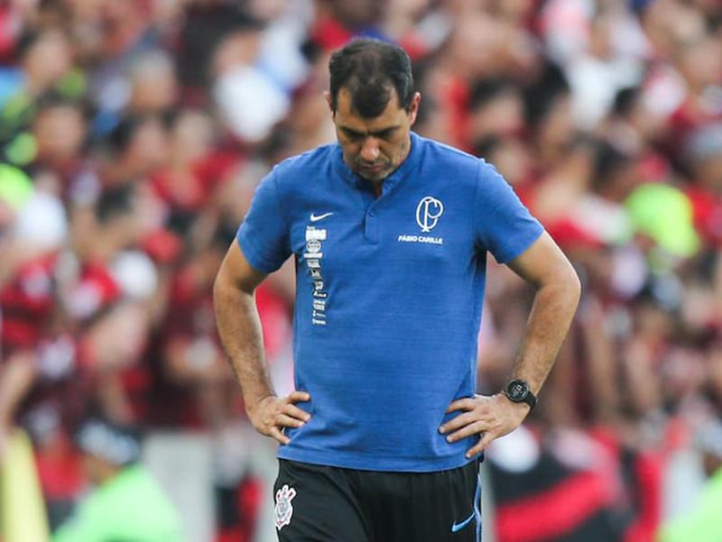 Flamengo goleia no Maracanã e Fabio Carille não é mais técnico do Corinthians