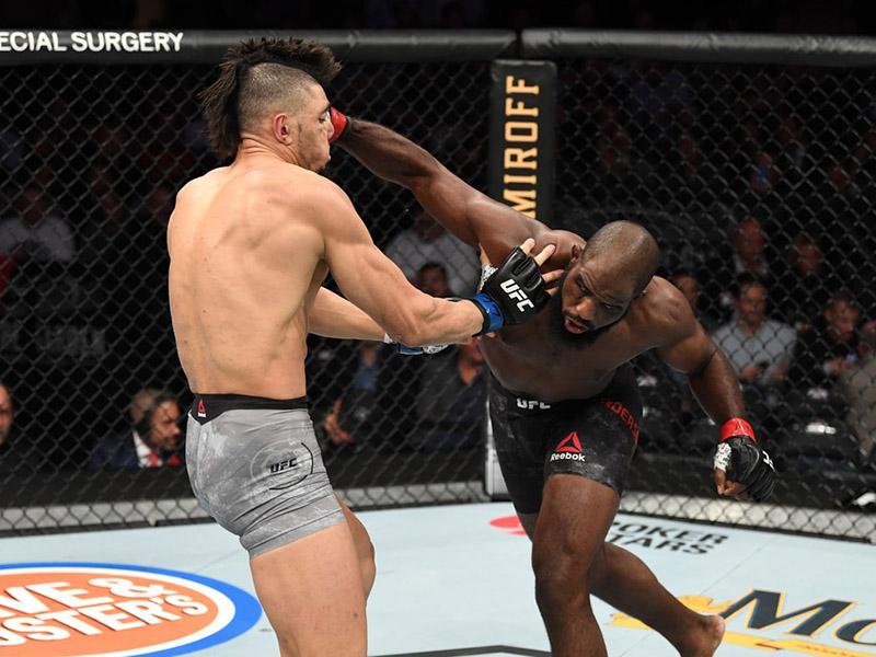 Johnny Walker e Vicente Luque são derrotados no UFC 244