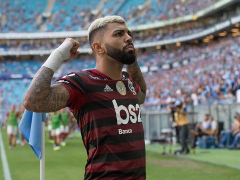 Flamengo vence o Grêmio e fica a dois pontos do título