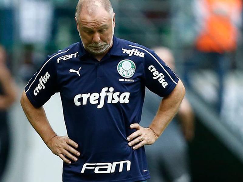 Após mais uma derrota, Palmeiras demite Mano Menezes e Alexandre Mattos