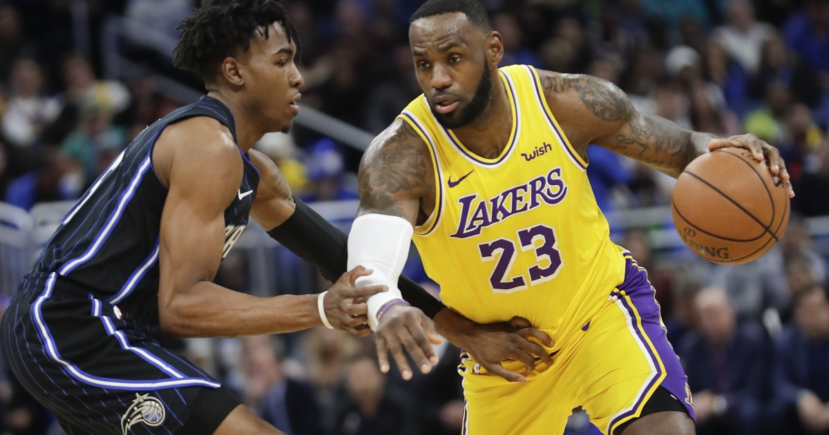 Com triple-double de Lebron, Lakers superam o Magic em Orlando