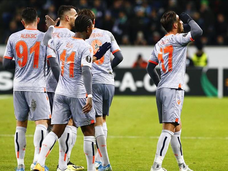 Confira os clubes classificados para o mata-mata da Europa League