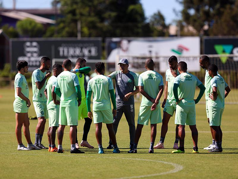 Chapecoense segue lutando para se manter na primeira divisão