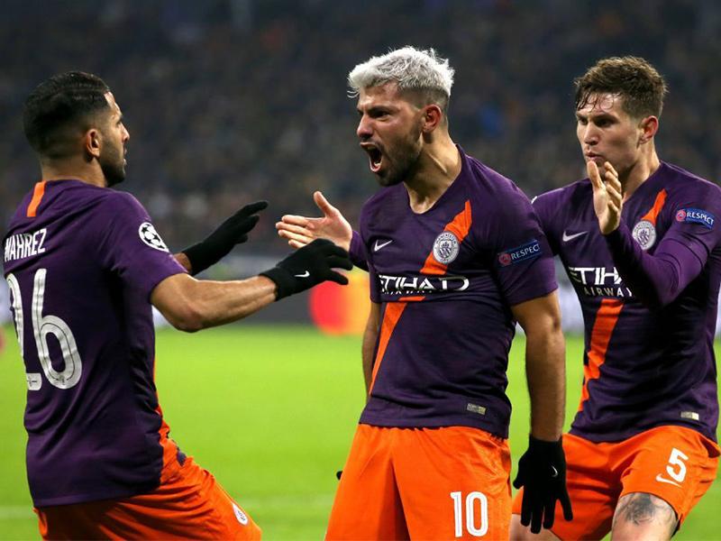 Manchester City empata com Lyon e garante classificação na Champions